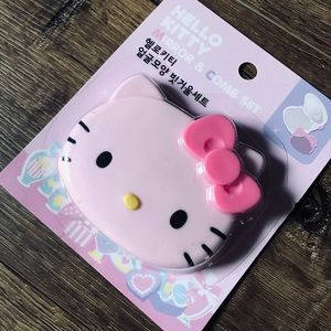 HELLO KITTY-NWT Mirror & Comb Compact